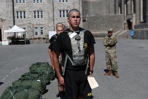 Ngày nhập học ở Học viện quân sự danh giá bậc nhất Hoa Kỳ có gì đặc biệt?