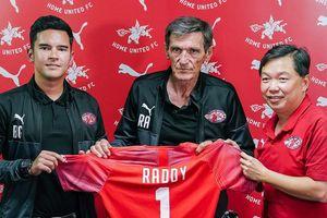 'Phù thủy' AFF Cup trở lại Singapore