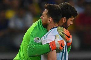 'Hạ gục' Argentina, Brazil vào chung kết