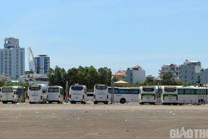 Bãi xe 'tháo chạy' khỏi khu đất sân bay Nha Trang cũ