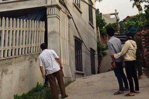 Điều tra nguyên nhân ngôi nhà 2 tầng bị lún sâu 4 mét, nhiều người phải sơ tán