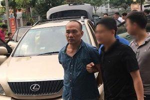 Tổng Giám đốc cưỡi xe sang Lexus đi trộm liên tỉnh