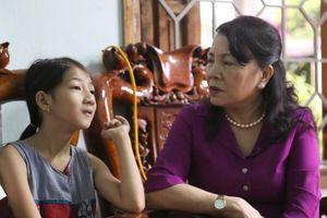 Hai đứa trẻ mồ côi giữa đại ngàn Trường Sơn - mong chờ tấm lòng nhân ái