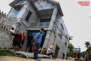 Hà Nội: Xuất hiện 'hố tử thần' kéo tụt căn nhà 2 tầng