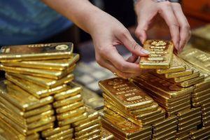 Giá vàng SJC quay đầu giảm 350 nghìn đồng/lượng