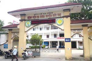 Vụ trẻ sơ sinh chết bất thường tại Hà Tĩnh: Đình chỉ bác sỹ đỡ đẻ