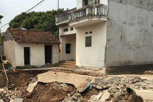 Hà Nội: Lại xuất hiện 'hố tử thần', sụt lún nhiều ngôi nhà tại huyện Mỹ Đức