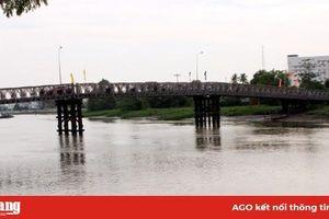 Chưa lắp cầu tạm Nguyễn Thái Học, do không giải phóng được mặt bằng