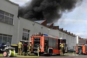 Chợ Đồng Xuân của người Việt ở Đức bùng cháy dữ dội