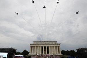 Lễ kỷ niệm Quốc khánh 4/7 mang đậm tôn vinh sức mạnh quân sự Mỹ