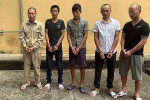 Bắt giam 5 đối tượng bắt giữ người trái pháp luật