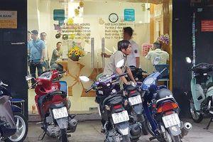 Trích xuất camera truy tìm kẻ nghi cướp ngân hàng ở Tân Phú