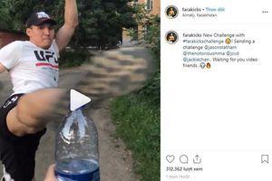 Con gái chưởng môn Vịnh Xuân bắt trend trào lưu xoay người đá nắp chai