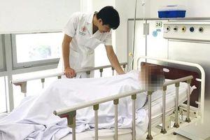 Bệnh nhân đột quỵ não vì 'tập luyện giáo phái lạ'