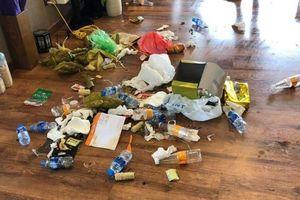 'Người vứt rác nơi công cộng có thể giàu nhưng không bao giờ sang'
