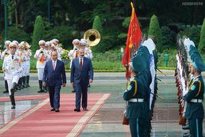 Chùm ảnh: Thủ tướng Nguyễn Xuân Phúc đón, hội đàm với Thủ tướng Armenia
