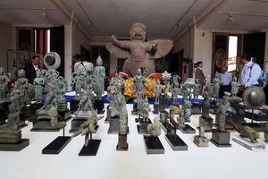 Campuchia nhận lại 85 cổ vật từ một nhà sưu tầm Nhật Bản