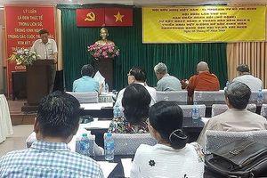 Nhận đỡ đầu 100 sinh viên Campuchia đang học tập tại TPHCM