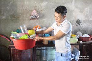 Người dân Quỳnh Lưu, Hoàng Mai khắc phục hậu quả do mưa lớn