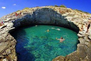 Khám phá hồ bơi tự nhiên đẹp nhất hành tinh