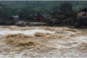 Thủy điện xả lũ bất ngờ gây lũ quét, người dân Sa Pa không kịp trở tay