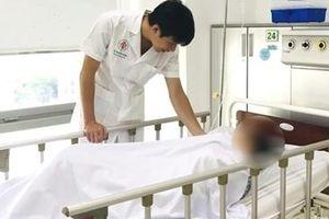 Người phụ nữ đột quỵ do luyện 'giáo phái lạ' chữa bệnh tim
