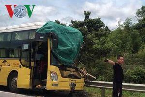 Tai nạn liên hoàn trên cao tốc Nội Bài – Lào Cai, 3 người bị thương