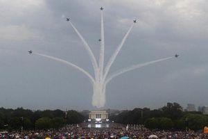 Máy bay chiến đấu Nga từng bay qua nóc Nhà Trắng?