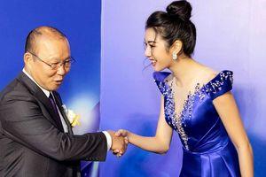 Á hậu Thúy Vân phấn khích khi hội ngộ 'ông chú quốc dân' Park Hang Seo