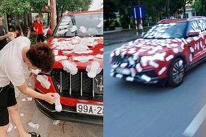 'Thánh chửi' Dương Minh Tuyền bị chửi sấp mặt vì dán băng vệ sinh kín ô tô rồi cho xe chạy khắp phố