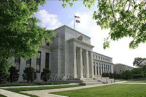 FED cảnh báo bất ổn kinh tế gia tăng