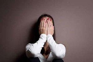 Tâm sự đẫm nước mắt của kẻ thứ 3 bị bắt quả tang trên giường tình địch