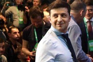 Tổng thống Ukraine phát biểu bằng tiếng Nga ở Donetsk