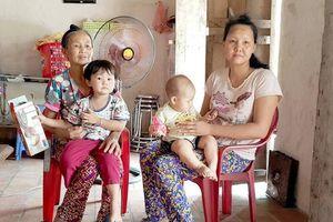 Người vợ khuyết tật nuôi hai con thơ, chăm chồng nguy kịch sau TNGT