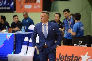Hanoi Buffaloes bất ngờ chia tay HLV Todd Purves giữa thềm mùa giải VBA 2019