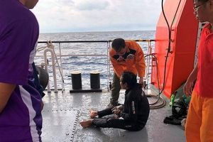 Đề nghị điều tàu từ TP.HCM tìm 9 ngư dân mất tích
