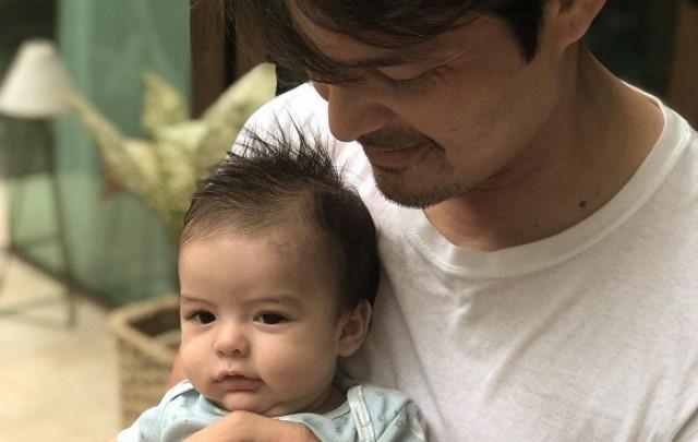 Quá đáng yêu, 2 nhóc tì nhà 'Mỹ nhân đẹp nhất Philippines' khiến dân mạng không rời mắt