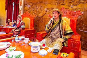 Hậu ly hôn, Việt Anh gây hoang mang với diện mạo khác lạ do phẫu thuật thẩm mỹ