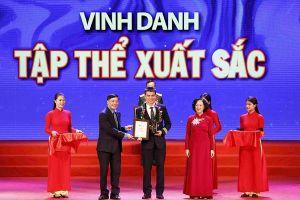 Đoàn bay 919 của Vietnam Airlines được vinh danh là tập thể xuất sắc