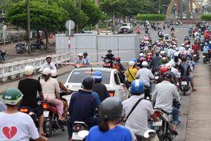 'Phớt' lệnh cấm qua cầu Cà Mau, nhiều người bị tước bằng lái
