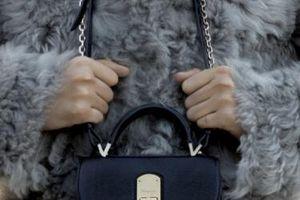 Chiếc túi tuyệt tác mang thông điệp nữ quyền của 'ông lớn' Salvatore Ferragamo