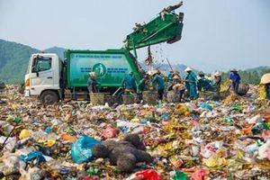 Dân lại chặn xe, hơn ngàn tấn rác ứ đọng ở Đà Nẵng
