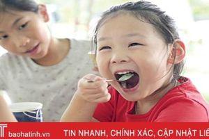 Ăn uống gì để trẻ có hàm răng khỏe đẹp?