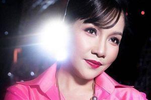 Diva Mỹ Linh rực rỡ, quyền lực không thua kém hoa hậu