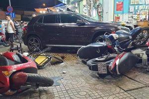 Nữ tài xế lái Mercedes gây tai nạn liên hoàn