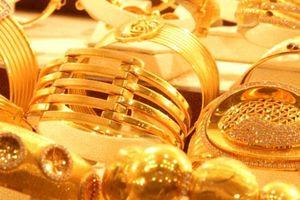 Giá vàng SJC biến động bất thường, mở cửa giảm mạnh đến 200.000 đồng/lượng