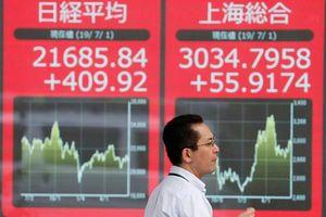 Nhà đầu tư giảm kỳ vọng vào FED, chứng khoán châu Á gắng gượng phục hồi