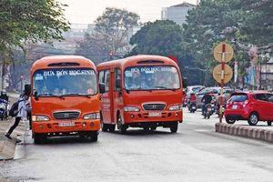 Bất cập dịch vụ xe đưa đón học sinh ở Gia Lai