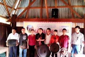 Kon Tum tổ chức lớp truyền dạy cồng chiêng cho thanh, thiếu nhi dân tộc Rơ Măm