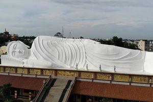 Du lịch văn hóa Bình Dương không chỉ có 'đặc sản' tượng phật trên mái nhà